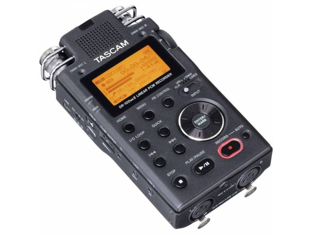 Рекордер Tascam DR-100