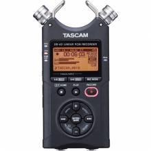Рекордер Tascam DR-40